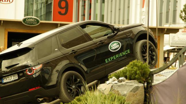 Land Rover Discovery 2015 IAA